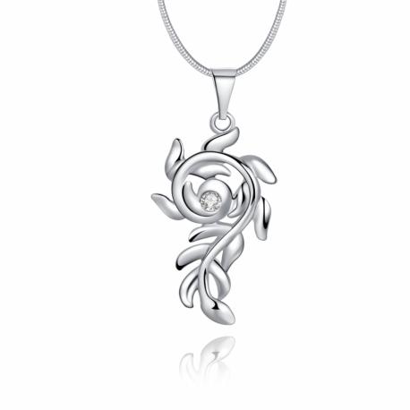 Collier avec pendentif en fleur