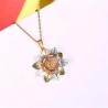 Elégant collier avec pendentif en fleur coloré pour femme