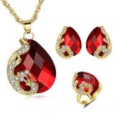 """Coffret bijoux boucle d'oreilles, bagues, colliers, collection """"Red lovers"""""""